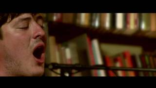 Repeat youtube video Mumford & Sons - Little Lion Man (Bookshop Sessions)