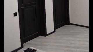 видео Напольные алюминиевые пороги для соединения покрытий на разном уровне