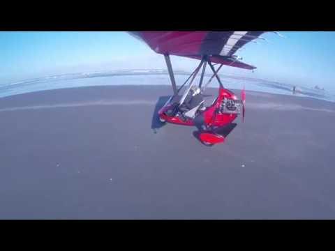 Trike Landing at Copalis State Airstrip (S16)  on the beach on Washington Coast