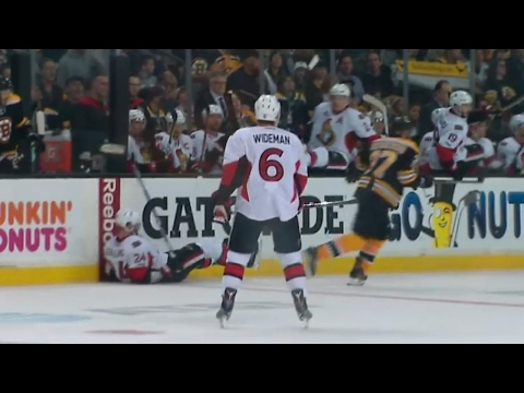 Bergeron crushes Stalberg with a clean hit