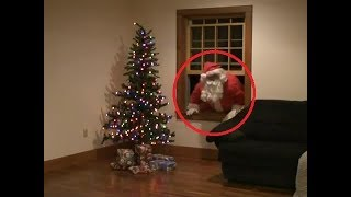10-funny-moments-with-santa-claus-caught-on-camera-in-real-life