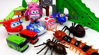 Go Super-Wings Robocar Poli, Defeat Monster Spider and Giant Centipede~!
