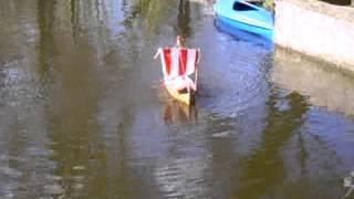 Wikinger Drachenschiff am Hücker