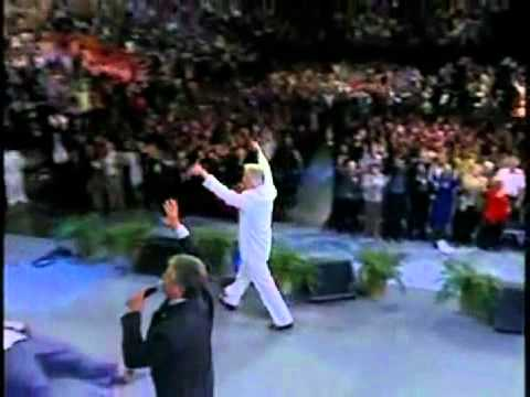 Benny Hinn Fires on Ministries and Curses Enemies!!