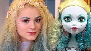Doll Makeup Challenge! Monster High Doll Lagoona Blue Inspired Makeup!
