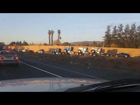 Box truck tries to sneak under the 11foot8 bridgeKaynak: YouTube · Süre: 2 dakika33 saniye