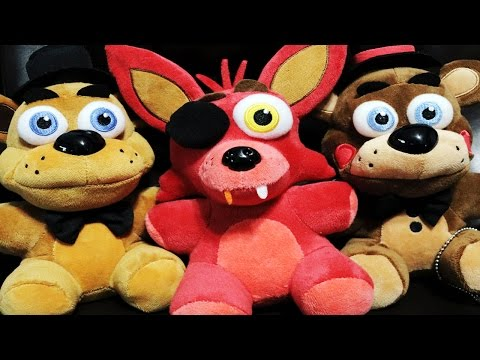 Five Nights At Freddy's: GAMESTOP EXCLUSIVE Collectible Plush + Other Merch UNBOXING And REVIEW!