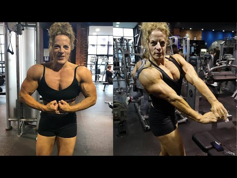 Female Bodybuilder Lucy Scroggs – Nabba Miss Uk