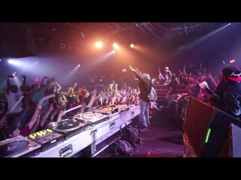 Riff Raff Brings Out Mike Jones Live in...
