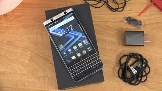 BlackBerry KEYone Unboxing and First Impressions!