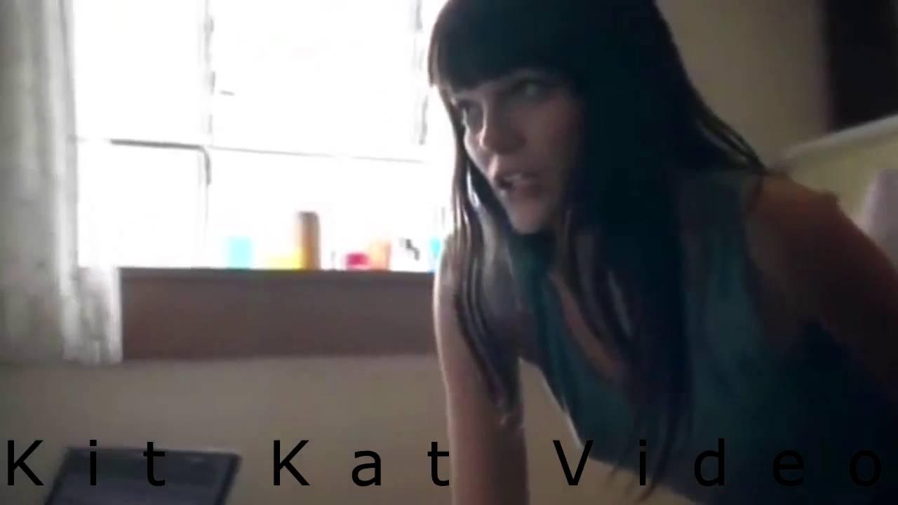 Бесстыжие девчонки видео смотреть, конча на влагалище