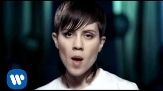 Repeat youtube video Tegan And Sara - Back In Your Head (Video)