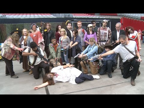 Phoenix Comicon Fan Fest - Spotlight on THE WALKING DEAD COSPLAY AZ - The Horror Show
