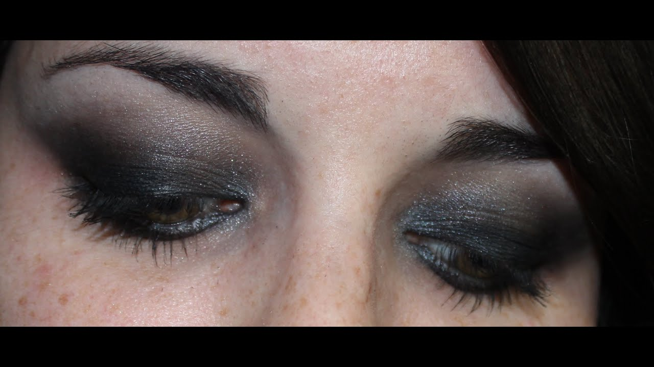 tuto maquillage de soir e smoky eyes noir charbonneux youtube. Black Bedroom Furniture Sets. Home Design Ideas