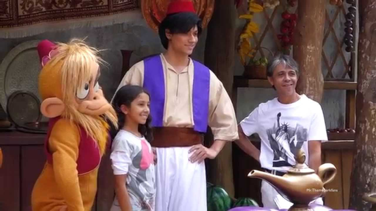 Disney characters meet and greet disneyland paris summer 2015 disney characters meet and greet disneyland paris summer 2015 youtube m4hsunfo