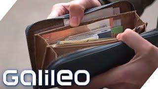 Bargeld: Brauchen wir die Scheine noch?   Galileo   ProSieben