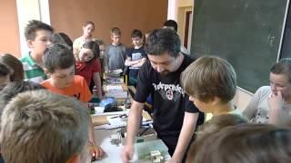 Vyuka fyziky ZS Nerudova 6.A