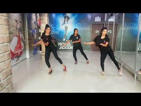 Beat It Bijuriya - Full Video Song   Munna Michael   Choreographed by Raj &  David.