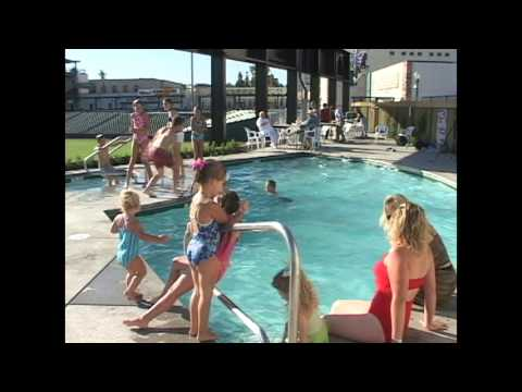 Wildwood Pools - Commercial Stadium Pool
