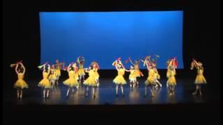 聖三一堂小學 - 蒙古筷子舞
