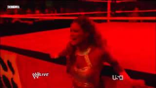 WWE Monday Night RAW 09.01.2012 - Eve vs Kane