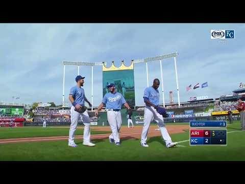 Hosmer, Moustakas, Cain and Escobar exit Royals' season finale in unison