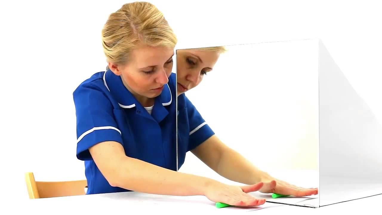 Rehabilitacja terapia lustrzana - udar mózgu - YouTube