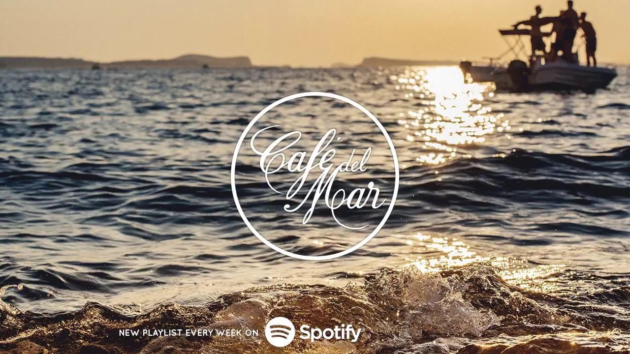 Café del Mar Chillout Mix 12 (2017)