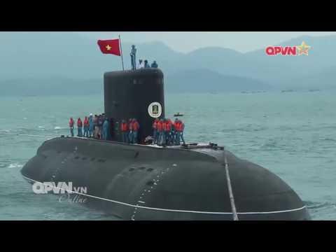 Tàu ngầm 187 Bà Rịa - Vũng Tàu cập quân cảng Lữ đoàn 189