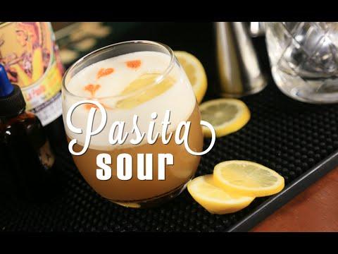 Cómo hacer un Pasita Sour - How to make a sour with pasita - por Bootlegger Puebla