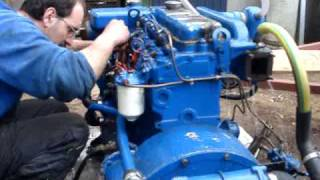 Starting up the Perkins marine engine after 12 years - a small leakage... thumbnail
