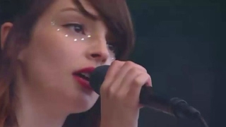 We Sink Glastonbury 2016 CHVRCHES Live