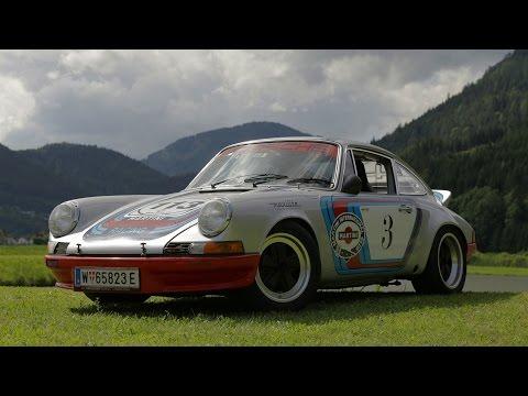 Come beccarsi una multa con una Porsche 911 da corsa in centro a Vienna - Davide Cironi (ENG.SUBS)