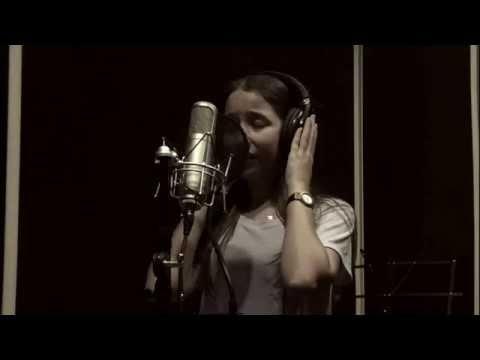 Naz Ölçal - Yoksun (Akustik)