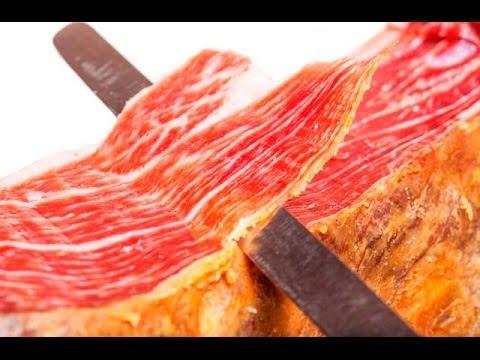 Xẻ Thịt Đùi Heo Jambon Tây Ban Nha Và Quy Trình Sản Xuất Trong Nhà Máy