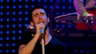 14 Maroon 5 - She Will Be Loved (Live Friday The 13th) (HD)