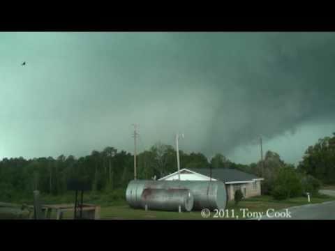 4/15/2011 De Kalb to Scooba, MS EF3 tornado