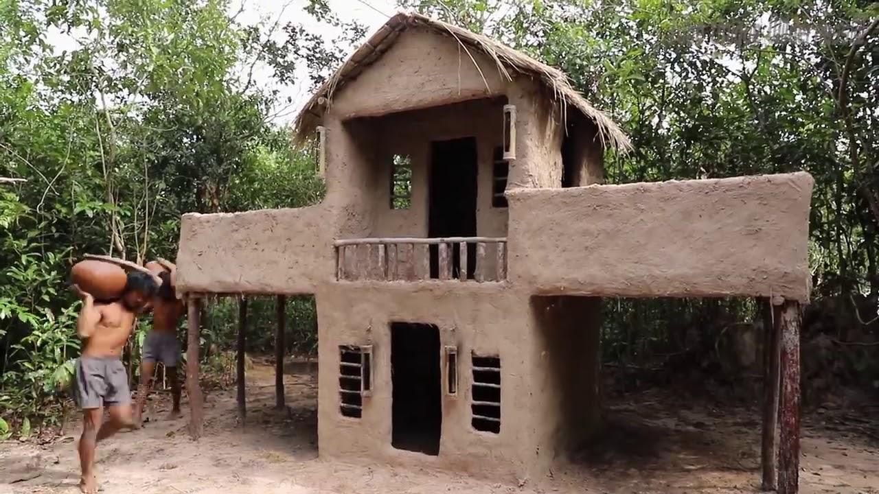 ชายสองคน สร้างบ้านในป่า