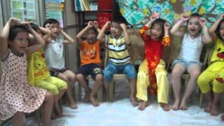 Teaching English for kids - Ms. Nhung