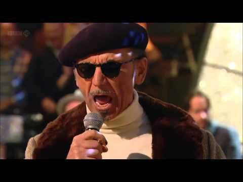 Come On Eileen - Dexys Midnight Runners live 2013