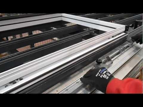 Fabrica de puertas y ventanas de aluminio doovi for Fabrica de puertas de aluminio