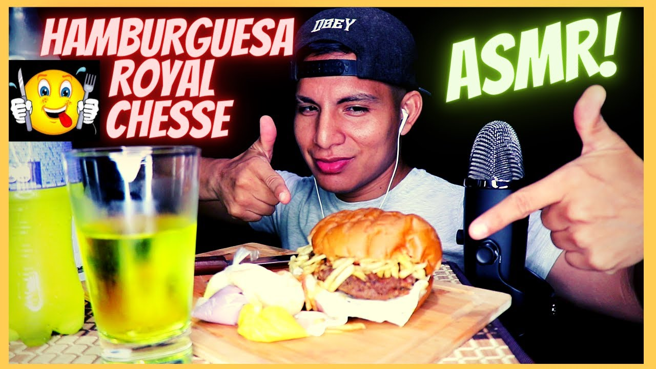 COMIENDO UNA HAMBURGUESA ROYAL CHESSE-  EATING A ROYAL CHEESE BURGER ASMR- MUKANG