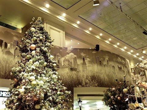 Berlin #6 │KaDeWe at Christmas Time - East Side Gallery - Christmas City