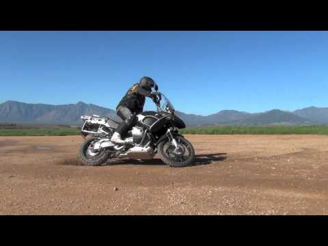BMW 1200 GSA U-turn on gravel