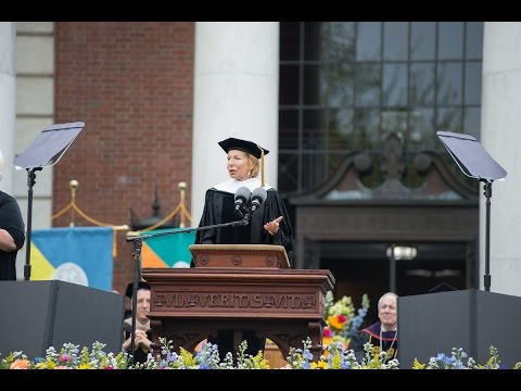 Gail Sheehy Urges Class of 2016: 'Dare to Care'
