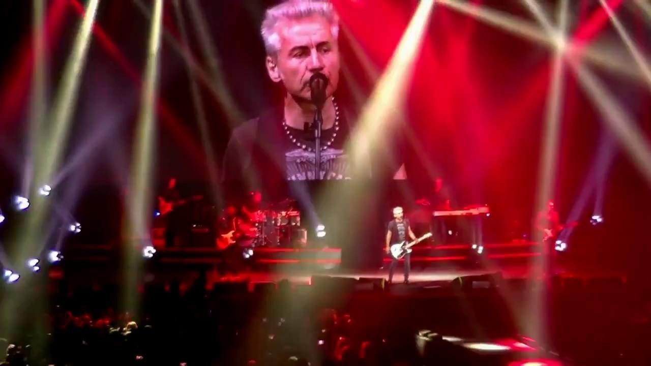 Riassunto concerto ligabue live genova youtube for Ligabue genova