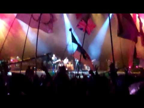 "U2 - ""Where the Streets Have No Name"" - Glastonbury Festival 2011"