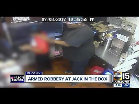 Robber targets Phoenix fast food restaurant