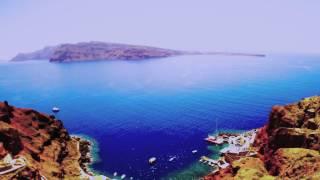 Best caldera views at the most romantic location in Oia, Santorini