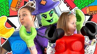 LEGO История! Лего Ведьма заколдовала всю семью Амельки! Что же с ними случилось? Амелька Карамелька